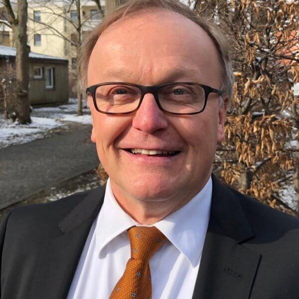 Dr. Günter Riedner